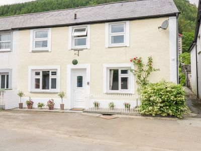 Photo for GWYNFRYN, pet friendly, with open fire in Dinas Mawddwy, Ref 14594