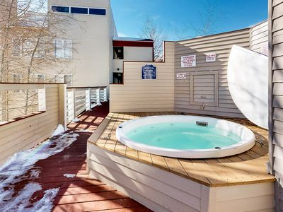 Photo for Mountain view condo w/ great balcony, grill & shared hot tub - bus to slopes!