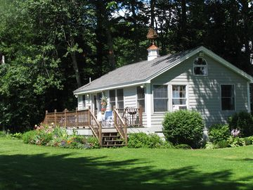 BOOKING 2018 BIG SEBAGO LAKE 5-STAR COTTAGE , SPRING 2018, $975/WEEK