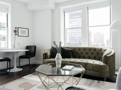 Photo for Hip 1BR in FiDi by Sonder
