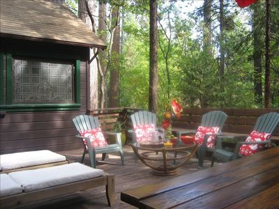 In summer, enjoy sunning, happy hours, and barbecues on the deck