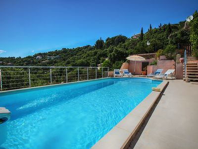 Photo for Villa Warmed Swimming pool 8 people exceptional View Gulf SAINT TROPEZ due