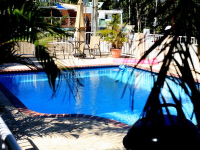 Beautiful 3BR 2BA condo one block from Sandy Beach all utilities and WIFI work!