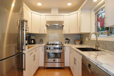 Luxury Kitchen for you to enjoy during your stay