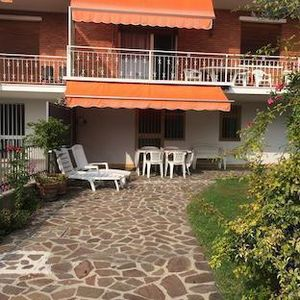 Photo for Holiday apartment Manerba del Garda for 1 - 6 persons with 3 bedrooms - Holiday apartment