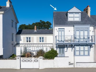 Photo for Magnificent apartment with phenomenal view across the bay, nearby Appledore