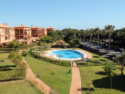 Photo for Second floor apartment Chiclana de la Frontera, Alcotan