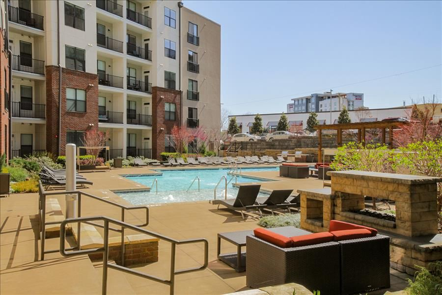 Exclusive Modern Two Bedroom Two Bath in the HEART of THE GULCH! 2PS2BEF