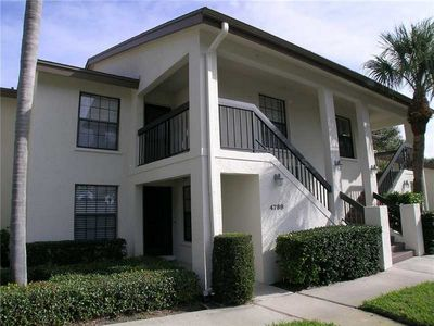 Photo for Attractive Ground Floor 2BR/2BA Condo in an Excellent Location