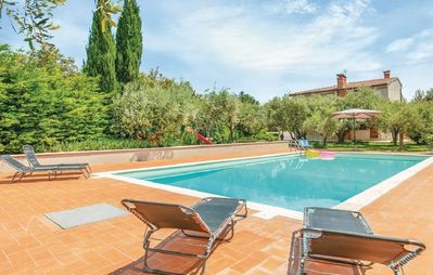 Photo for Panoramic villa immersed in the green with swimming pool