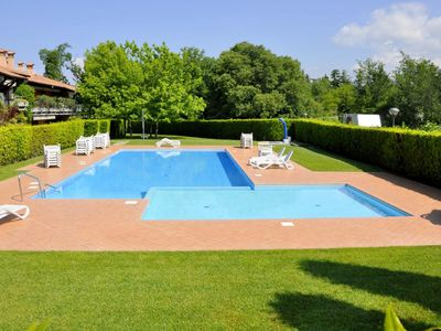 Photo for Residence near the center of Lazise, ​​big garden, pool, wifi.