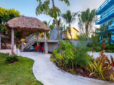 Photo for Cozy suite with shared kayak, sundeck, and island views - right on the bike path