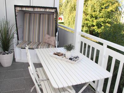 Photo for 3-R apartment up to 4 persons + 1 infant 3 years old - Excl. App. Strandgut, balcony, 300 m to the beach