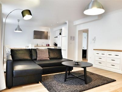 Photo for Top Spot Residence 13 apartment in Brussels Centre with WiFi & lift.