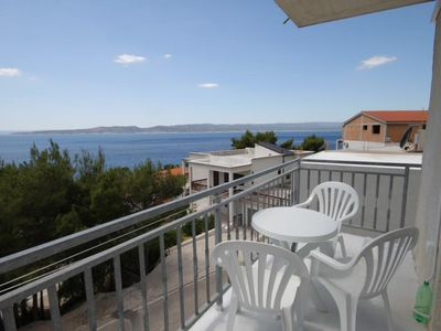 Photo for Studio flat with balcony and sea view Brela (Makarska)