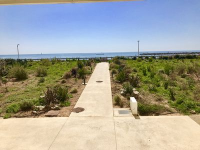 Photo for Apartment 90m2 Terrace Private parking Seaside