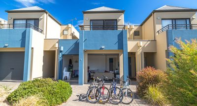 Photo for 3BR Townhome Vacation Rental in Normanville, SA