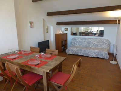 Photo for Apartment 1.3 km from the center of Saint-Cyr-sur-Mer with Internet, Washing machine, Terrace (103449)