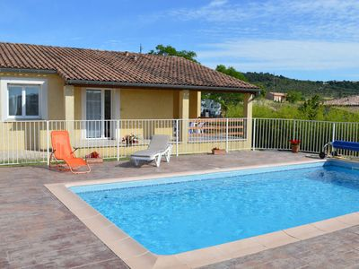 Photo for Holiday home with private swimming pool, close to Vallon Pont d'Arc