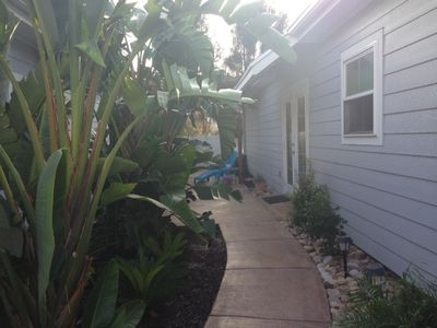 Photo for Key West style 2/2 Cabana with private yard & hot tub! Walk to Schlitterbahn!