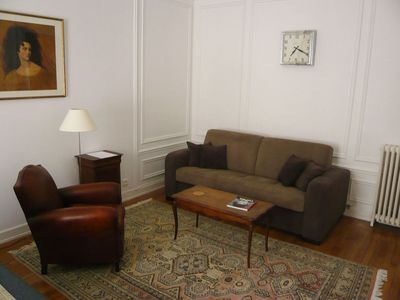 Photo for Cozy Paris Apartment / Central Location / Great Neighborhood