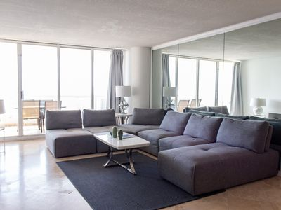 Photo for 4141 - 3 bed Penthouse w/ bay&city views !