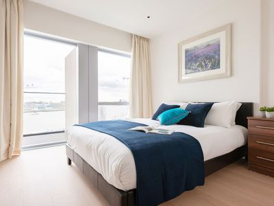 Photo for Modern Luxury 1BR Apartment next to O2 Arena 9916