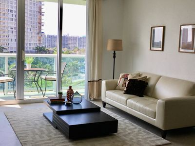 Photo for Big Family-Friendly Oceanfront Condo, Pool, Gym,  WI-Fi Inside The Unit