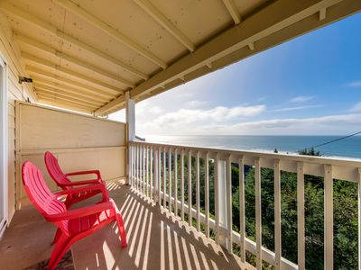 Photo for Dog-friendly oceanview condo w/ great location & nearby beach access!