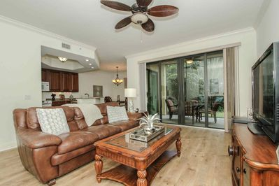 Very rich tones in this well decorated, upscale 1st floor unit backing to private lush garden space.