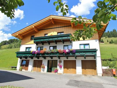 Photo for Detached holiday house in a sunny setting in charming Maria Alm