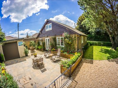 Photo for Heated indoor pool & hot tub, countryside holiday cottage near the beach & park