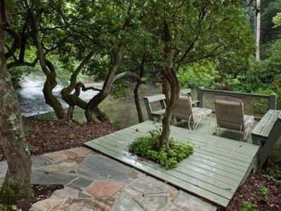 Photo for Tastefully decorated, River Rhapsody is the romantic, riverfront escape you`ve been searching for. N