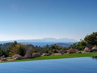 Photo for Luxury Infinity Pool Villa Galapagos In Hvar Town