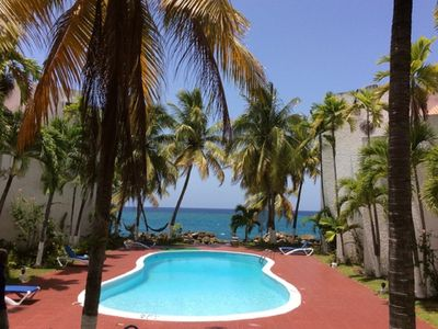 1 to 3 Bedrooms Oceanfront SeaView Condo - Ocho Rios with housekeeping