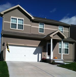 Spacious West Omaha home with a view!  Perfect for families with kids!!