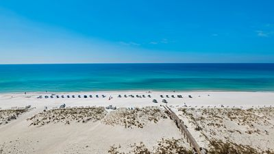 Photo for Gulf Front 2 bedroom condo. Free WiFi. Swimming Pool. 9th floor. Emerald Isle