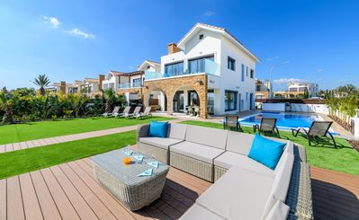 Photo for Serenity Seafront Villa