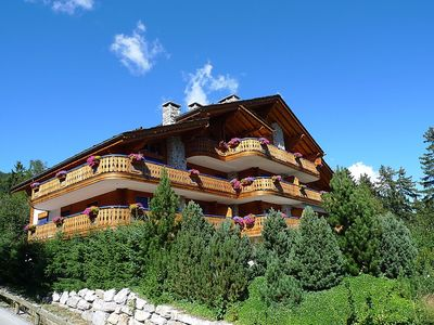Photo for Apartment in the center of Crans-Montana with Internet, Lift, Parking, Terrace (46211)