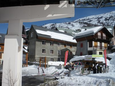 Photo for From the cable car, apartment 4-6 pers. overlooking the slopes