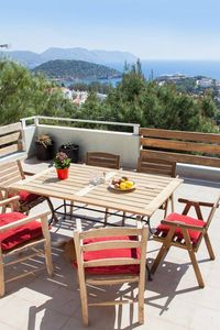 Photo for Beautiful Villa with pool in Anavyssos