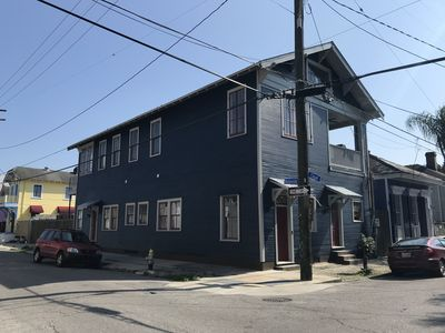 Photo for Beautifully Restored Mid Century Arts and Craftsman Apartment - Historic Bywater