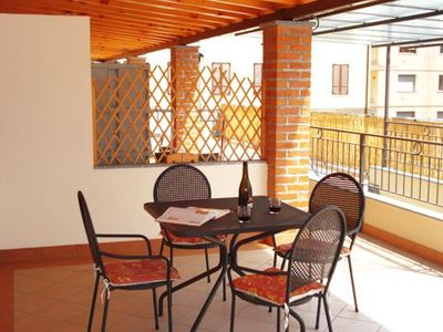 Photo for Apartment Casa Ortensia-Primo with terrace. Only 50 meters from the beach