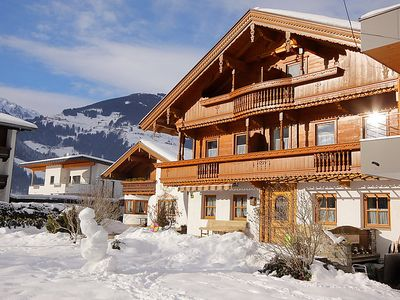 Photo for 6 bedroom Villa, sleeps 15 in Mayrhofen with WiFi
