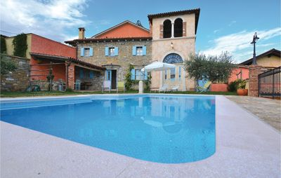 Photo for 5 bedroom accommodation in Marezige
