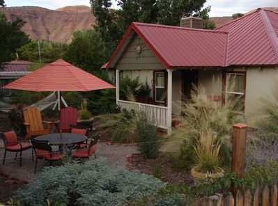 Moosewood Cottage has an awesome porch and outdoor amenities