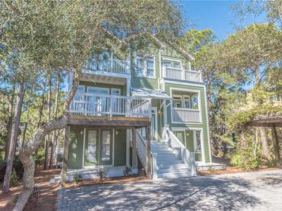 Photo for Simply magnificent! Check out this beautiful home! 2 Kitchens! Community Pool.
