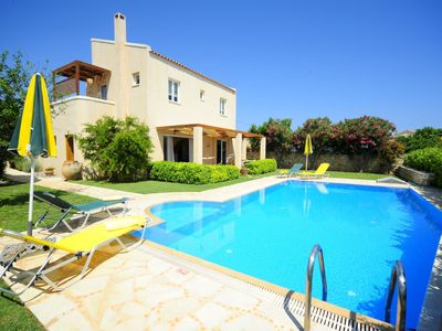 Photo for Romance in quiet idyll - villa with private pool, wifi | Prinos, Crete