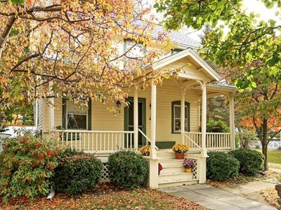 Photo for Charming 3BR House near Main St & Beautiful Hiking Trails