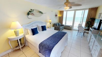 Photo for Sweeping Gulf of Mexico Views, Cozy Beachfront Unit